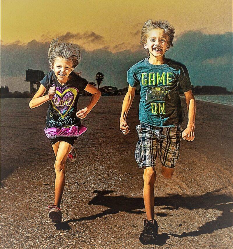 rennende-kinder-zur-selbstverteidigung in brienz